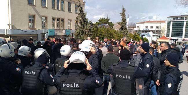 """SAĞLIK EMEKÇİLERİNE 14 MART  """"TIP BAYRAMI İŞKENCESİ"""""""