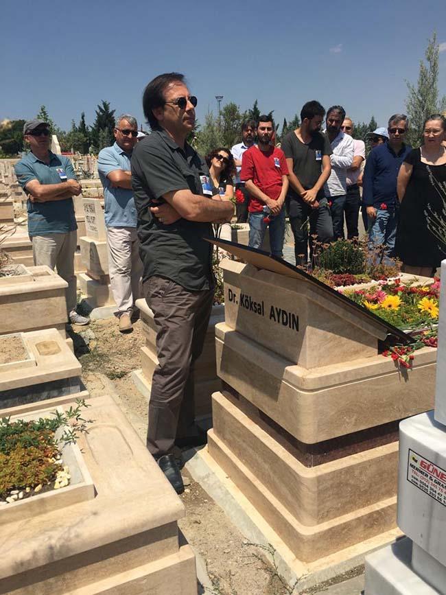 Köksal-Aydın-birinci-ölüm-yıldönümü-mezarlıkta-anma-foto-13