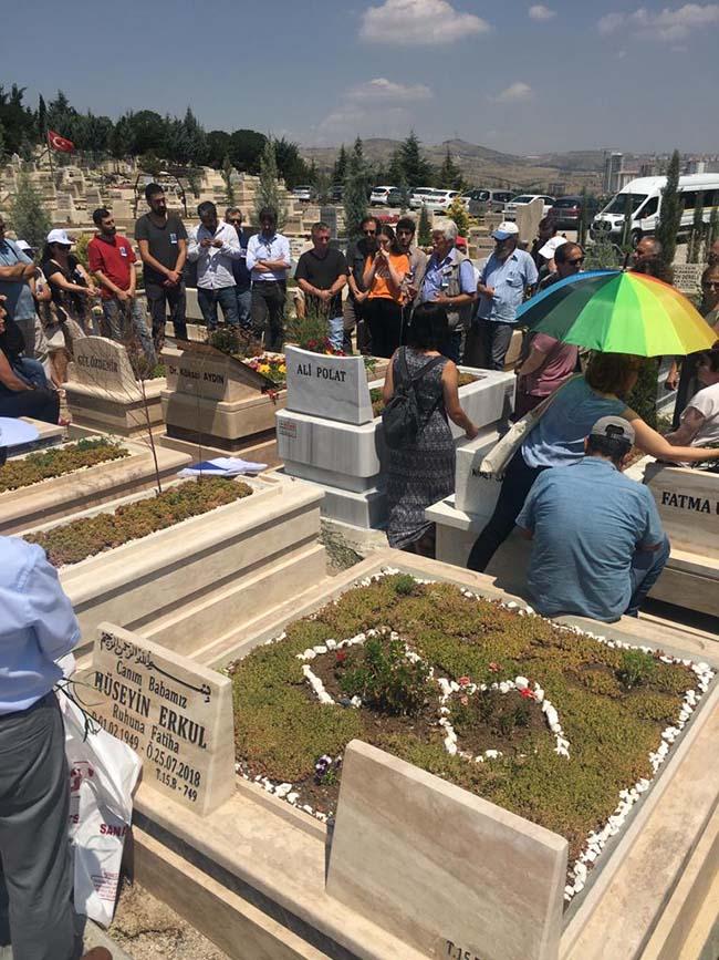 Köksal-Aydın-birinci-ölüm-yıldönümü-mezarlıkta-anma-foto-6