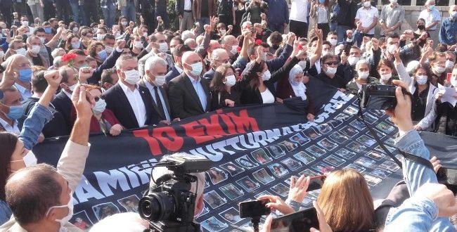"""10 EKİM 2015'TE ORTALIKTA GÖRÜNMEYEN POLİS """"KATLİAM ANMASINDA YİNE SALDIRDI"""""""